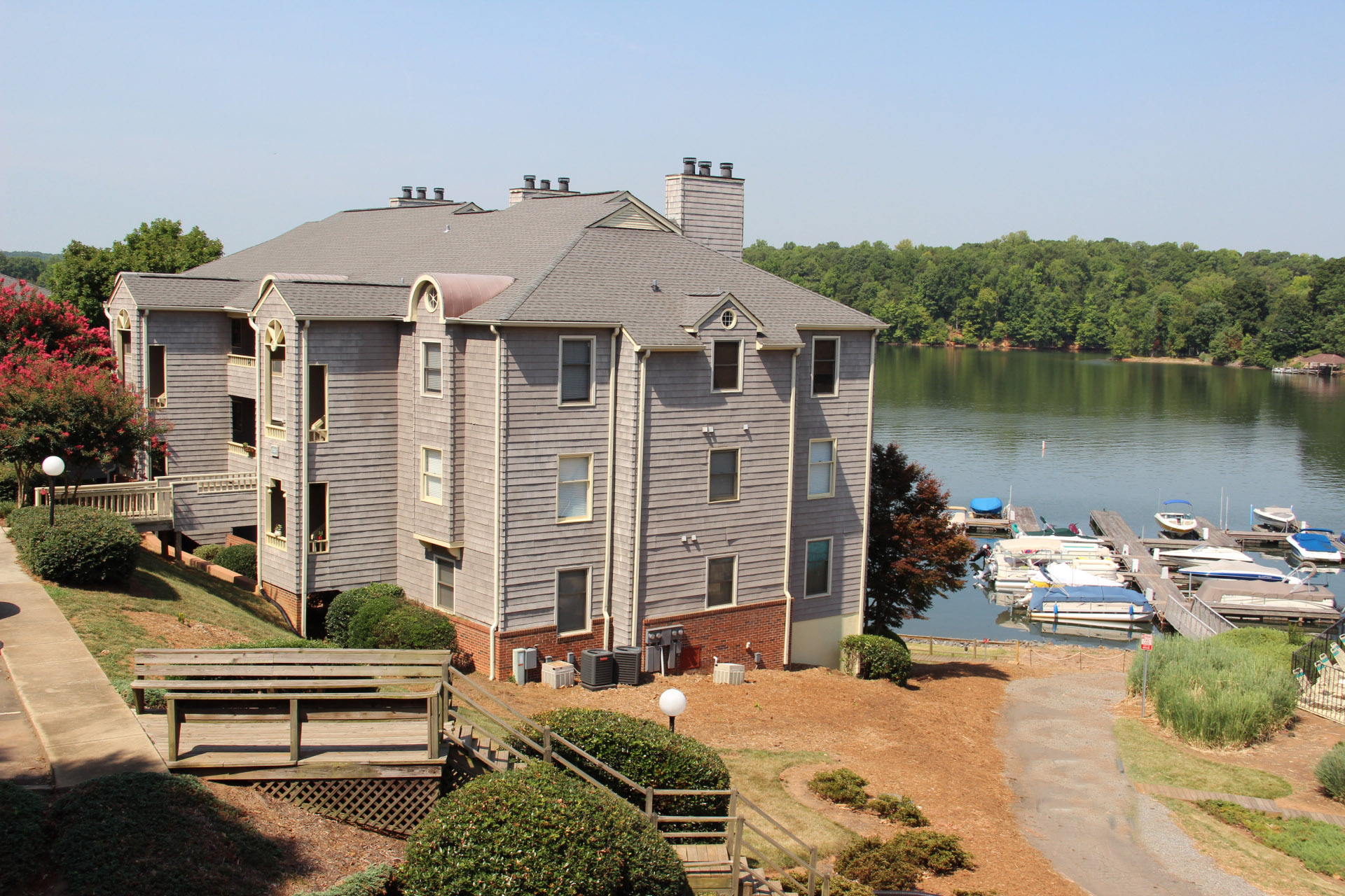 Emerald Point on Lake Wylie NC near Charlotte NC lakefront real estate