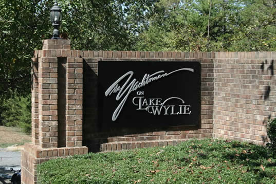Lake Wylie community Queens Harbor in Charlotte NC waterfront real estate